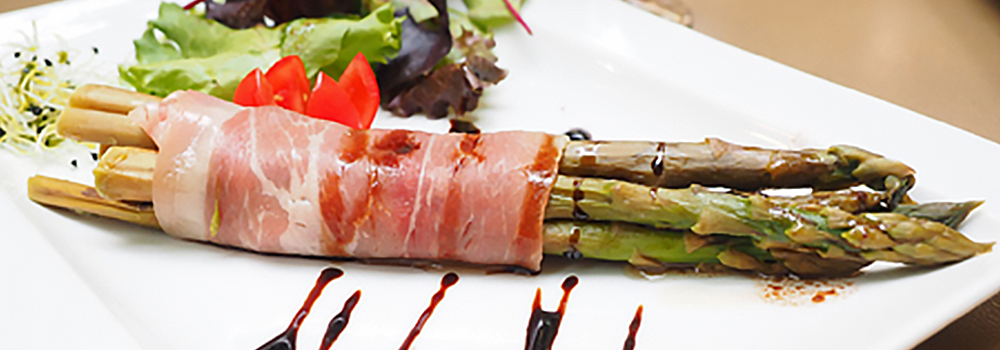 Restauracja - szparagi